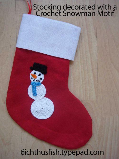 Stocking with crochet snowman motif web