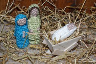 Crochet Joseph Mary and Baby Jesus web