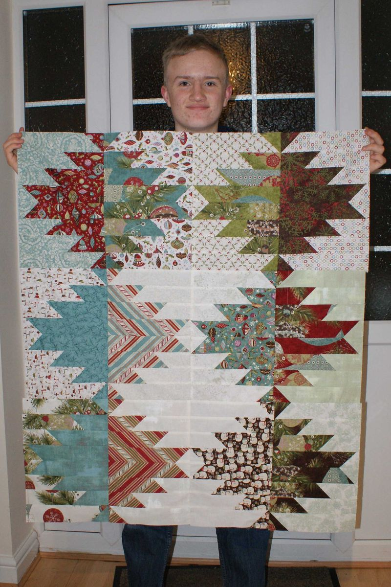 7 patchwork top before border web