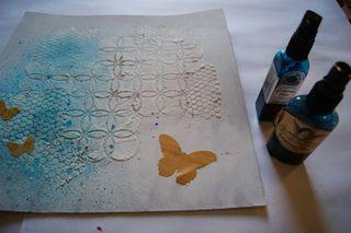 Sculpture love masking butterflies and mist web