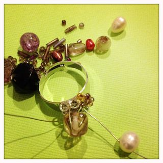 Ring bead threading
