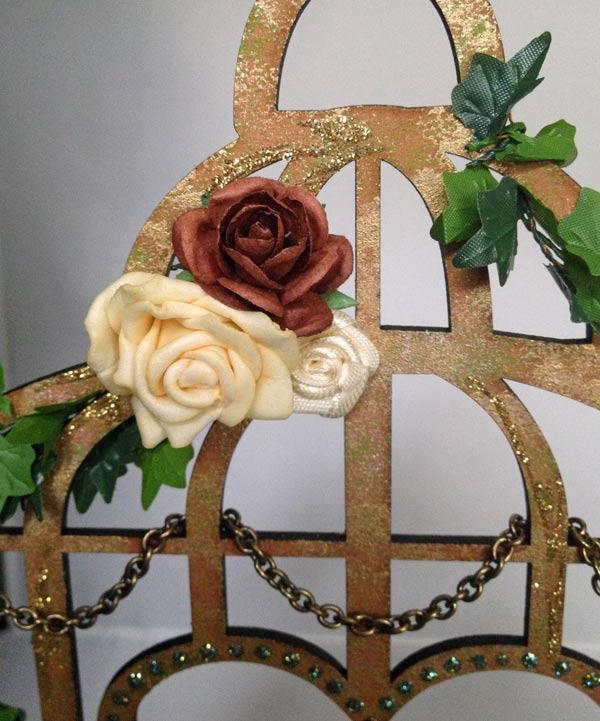 Cage-flower-cluster