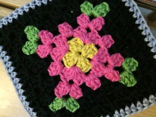 Pot holder close up