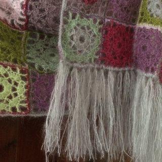 Pashmina close up of fringe 2